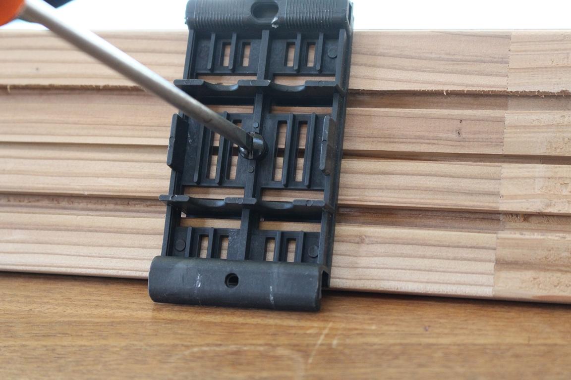 parquet flottant piece humide im fautil poser du parquet flottant sol stratifi effet chne. Black Bedroom Furniture Sets. Home Design Ideas