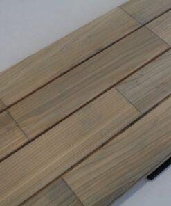 Lames de terrasse clipsables en bois de cedre coloris naturel grisé