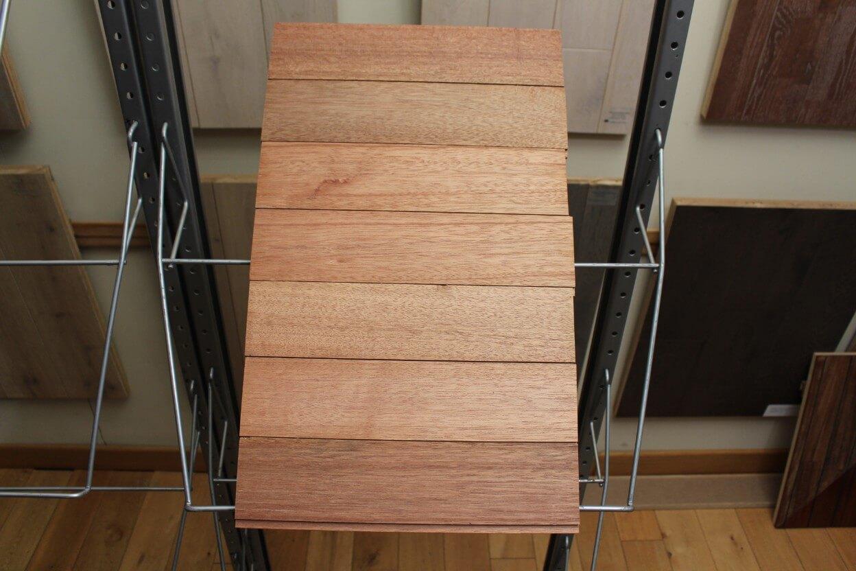 bardage bois bardage ext rieur en m ranti lambris bois ext rieur 12x92 mm. Black Bedroom Furniture Sets. Home Design Ideas