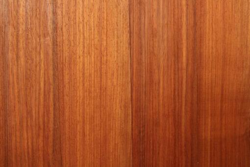 Lambris bois mural en Padouk